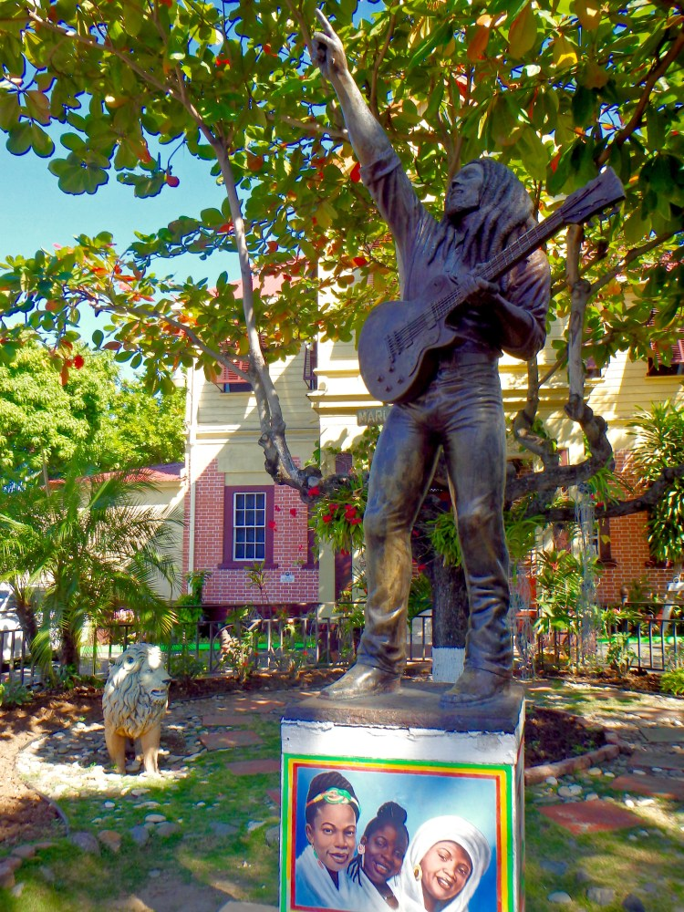 Bob Marley statue in Kingston Jamaica things to see in kingston jamaica