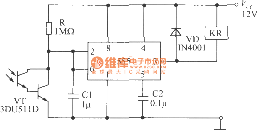 Sensitive photoswitch circuit composed of phototransistor