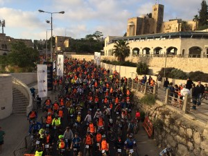 Thousands of cyclists excitedly wait to pedal through Israel's capital!