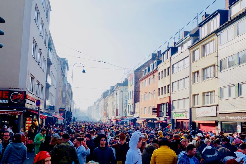 experiencing carnival in cologne 13 things i learned at my new