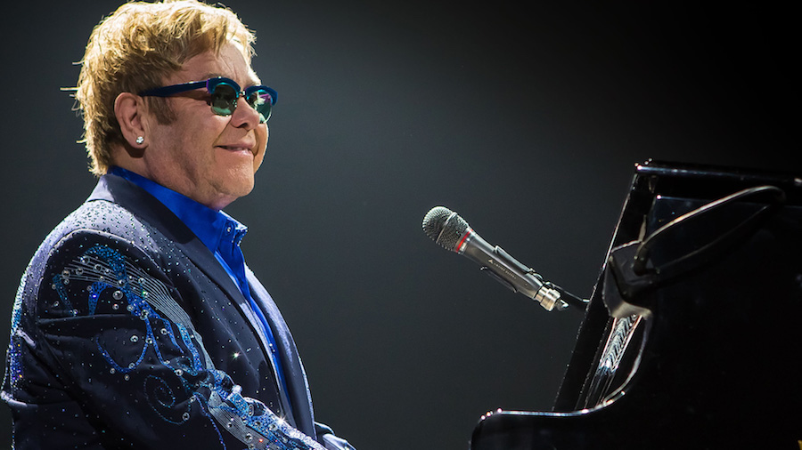 Elton_John_Live