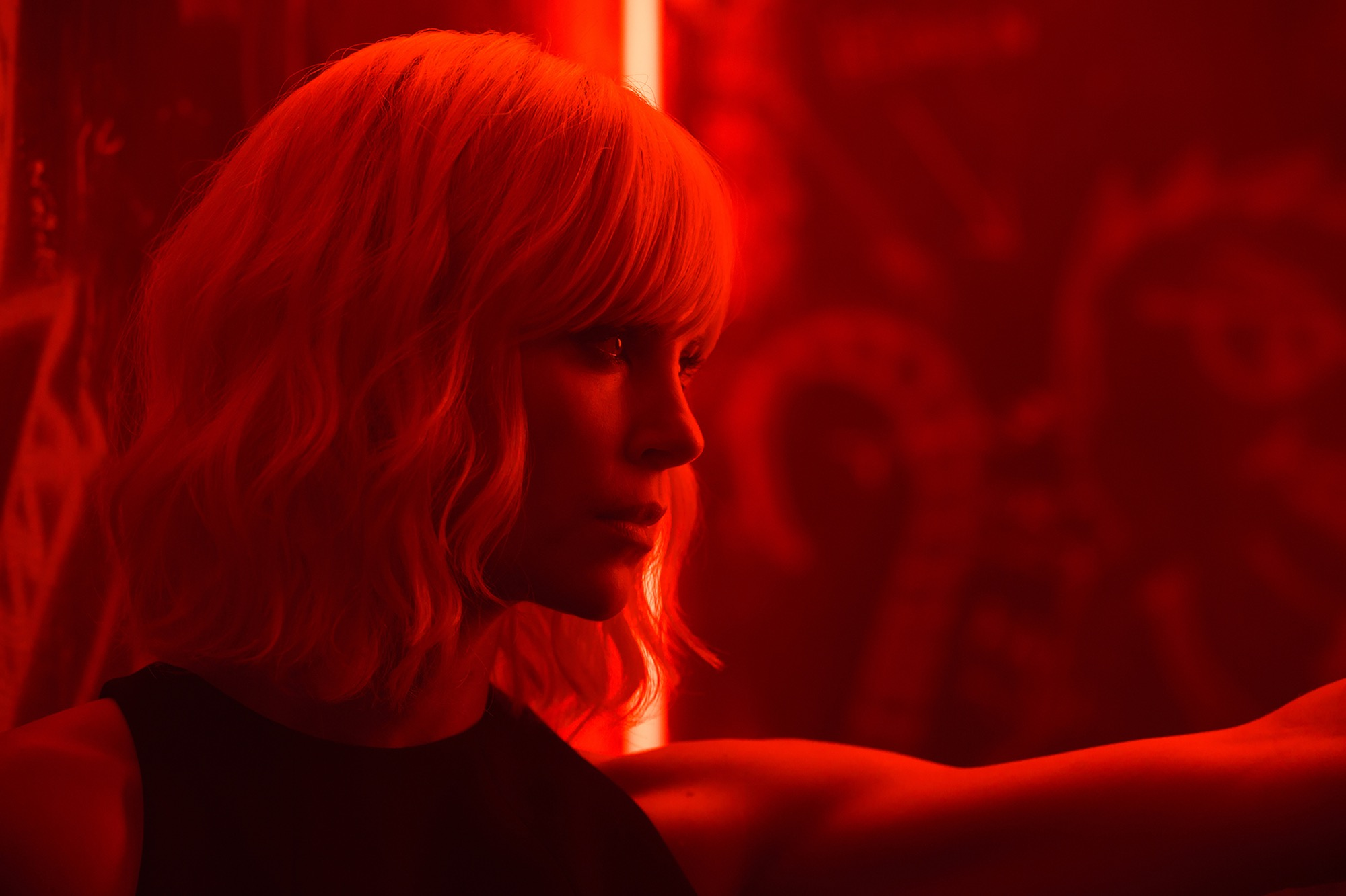 ATOMIC BLONDE Final International Trailer