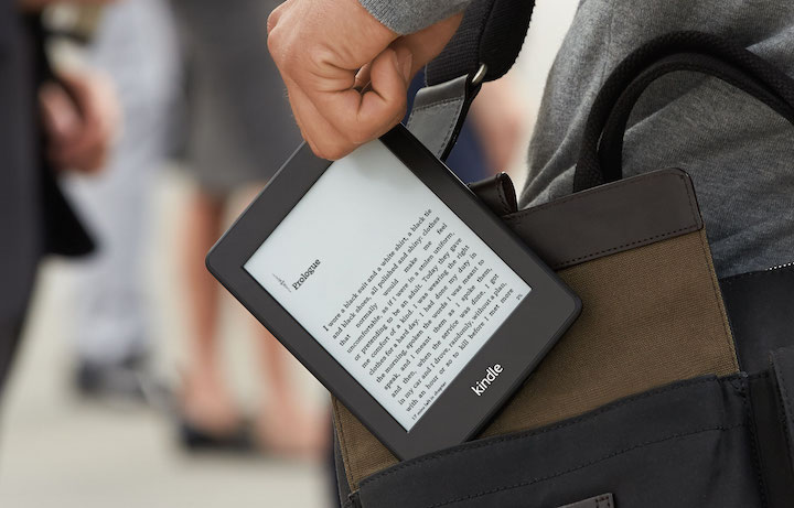 kindle-paperwhite-on-the-go-720