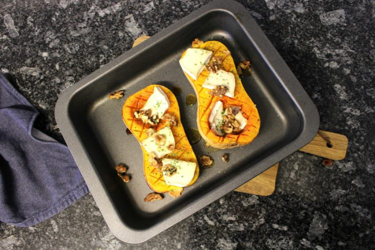 baked-butternut-squash-with-goat-cheese-and-walnuts-2