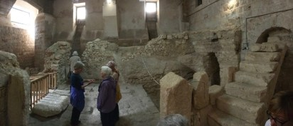 Panoramic view of first-century house with Crusader steps on right (© American Friends of the Episcopal Diocese of Jerusalem)