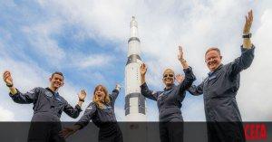 Друг милиардер полетя в космоса