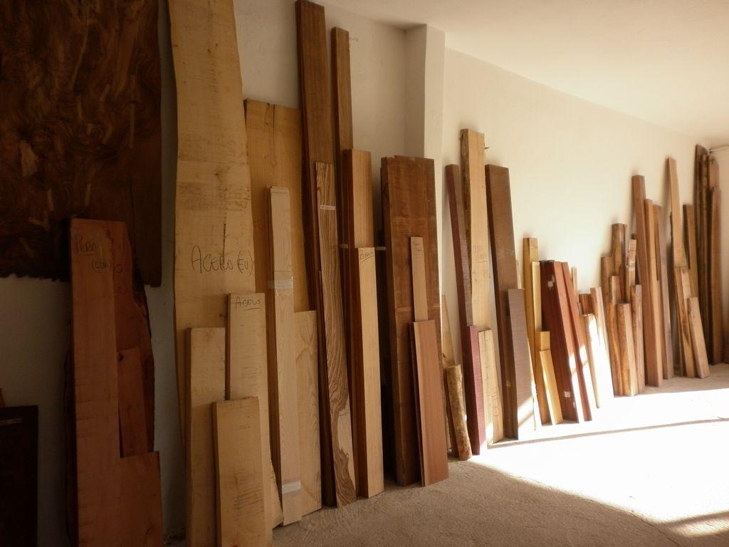 Tavolame di legni pregiati ed esotici  COMMERCIO LEGNAME