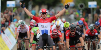 Jakobsen grabs his eighth win of the season at Olympia's Tour