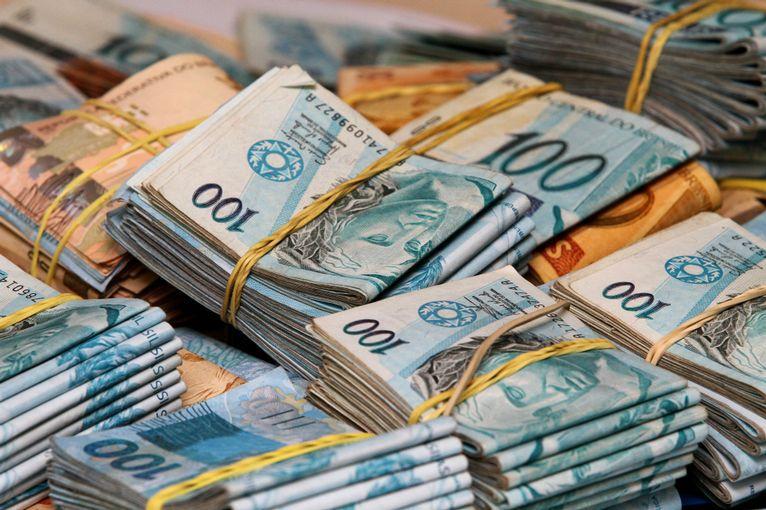 Sonhar com ganhar dinheiro