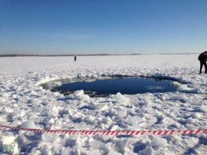 """Meteorite di Chelyabinsk: si teme contaminazione """"aliena"""" dell'acqua"""