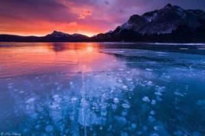 Il mistero del Lago di Abraham: rischia di esplodere e scomparire!