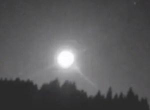Meteorite cade a Taiwan e successivamente viene sconvolta da un terremoto