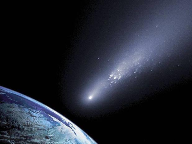 Cosa accadrebbe alla Terra in caso di frammentazione della cometa ISON?