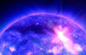 Nuova eruzione solare, ne risentono i satelliti