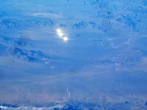 Strane luci avvistate in California da un aereo di linea