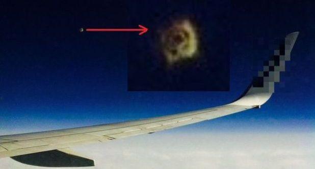 Ufo ripreso sul volo Bergamo-Londra