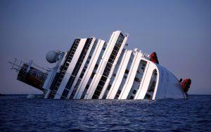 Concordia: Mistero sul pacco consegnato da Schettino ad un elicottero