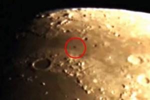 Ripreso oggetto volante sulla Luna