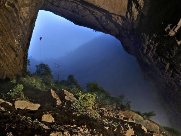 Scoperta la grotta più grande del mondo, i racconti di Verne diventano realtà?