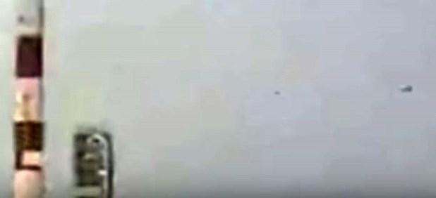 Ufo si materializzano durante il lancio di un vettore