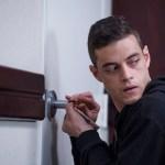 5 hackers de televisión que rompen el molde