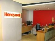 Honeywell02