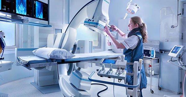 Consejos para trabajar de manera segura en instalaciones hospitalarias