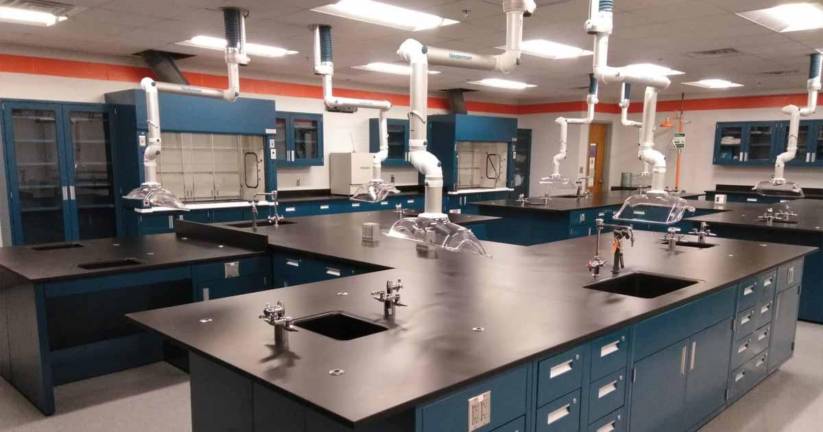 Retos en el diseño y construcción de laboratorios modernos