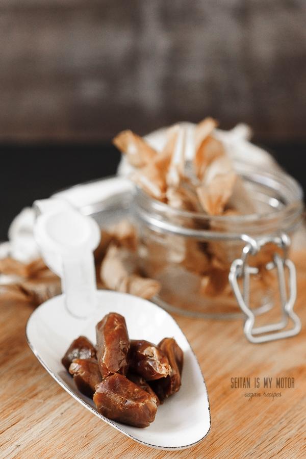 easy vegan caramels | seitanismymotor.com