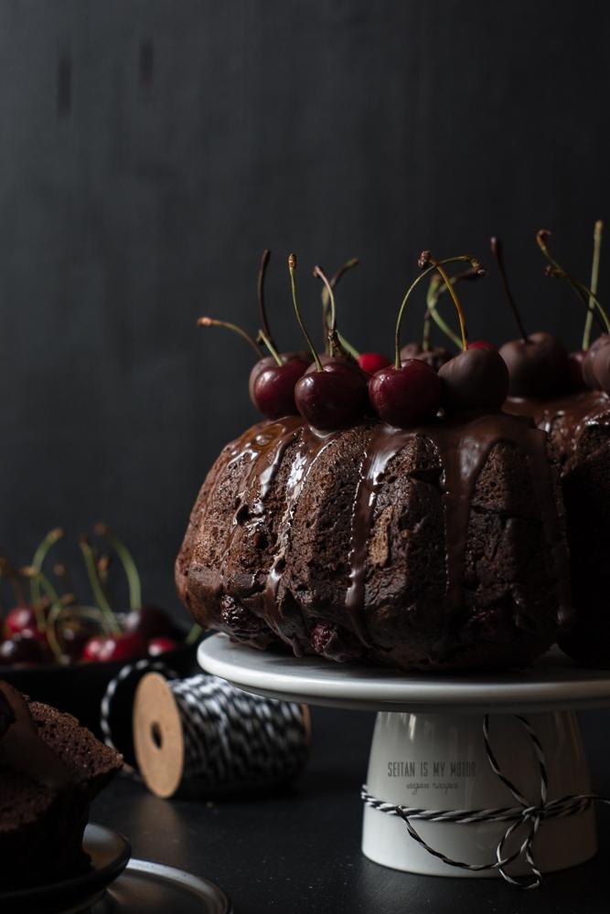 chocolate cherry guglhupf #vegan