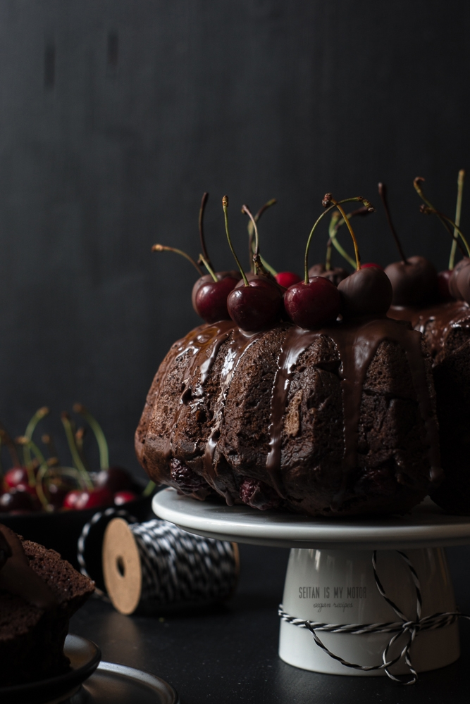 chocolate cherry guglhupf #vegan
