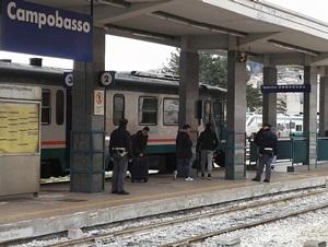Arrestato corriere della droga atteso in stazione da un cliente, la Polizia Ferroviaria gli sequestra 300 grammi di sostanza stupefacente