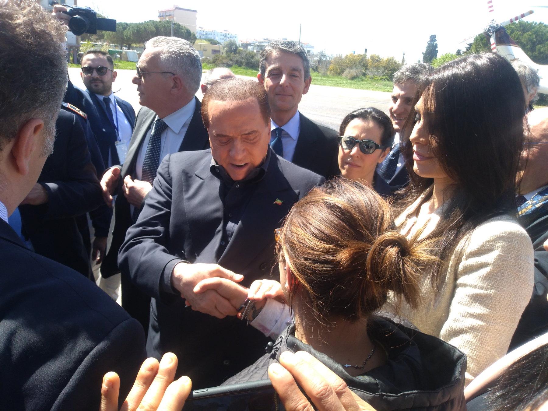 Molise, Berlusconi sente Toma: complimenti per vittoria