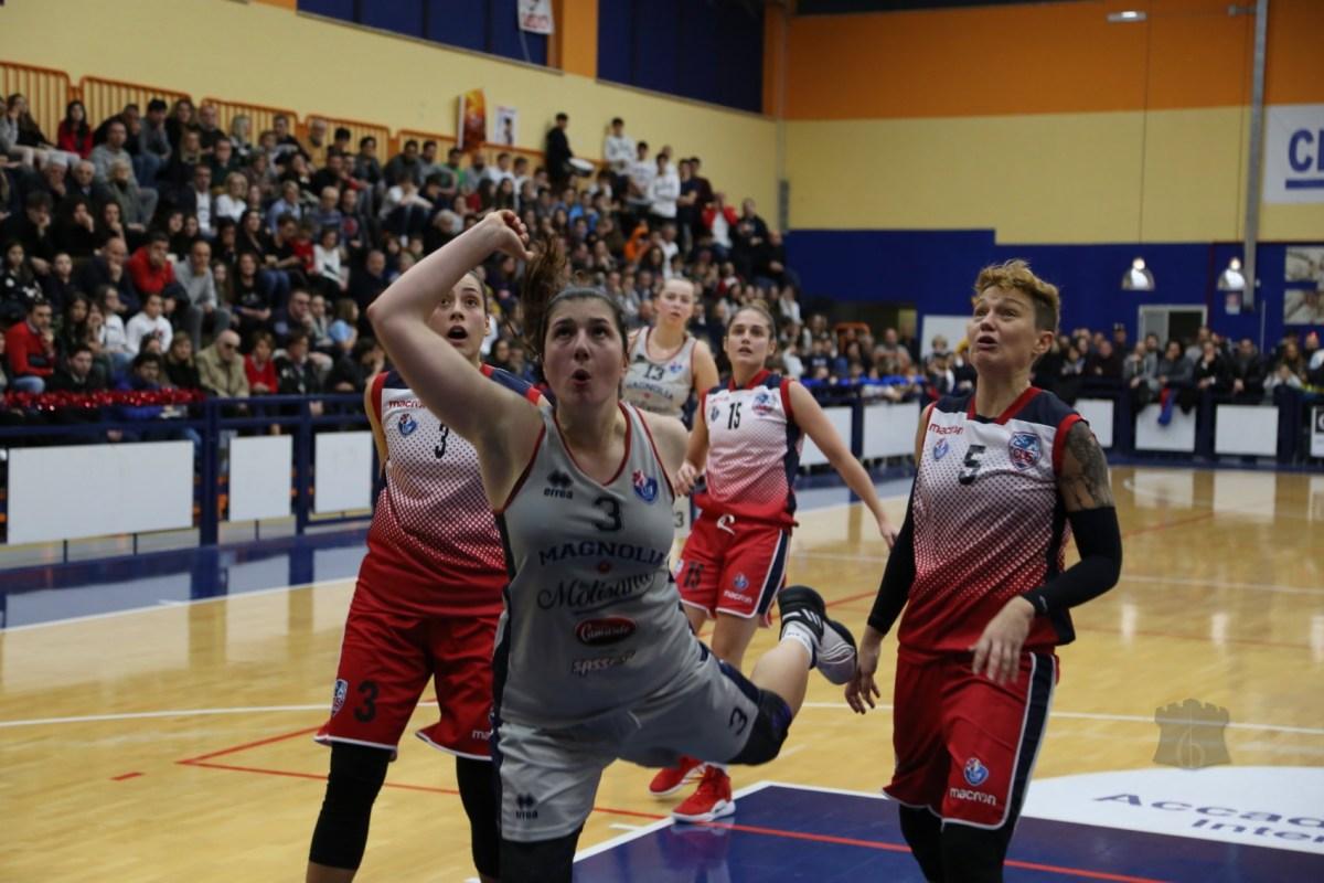Basket A2 - Magnolia 10 e lode. Un avvio superlativo decide la gara contro Cagliari