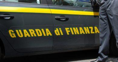 Salerno, false dichiarazioni redditi: due arresti