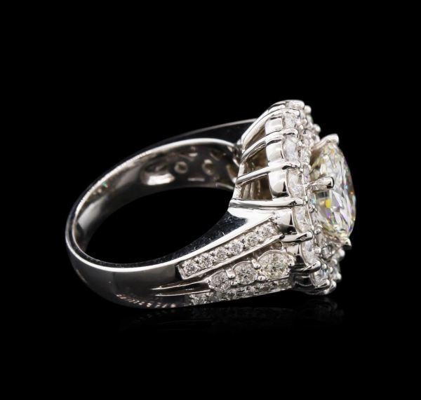 Jewelry Auction Diamond And White Gold Rings Seized