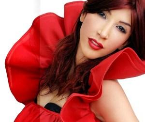 İçmişim Dertliyim - Hande Yener