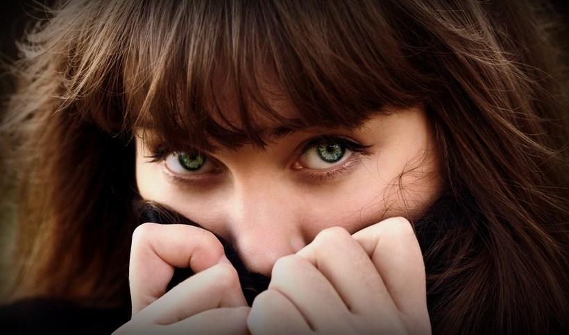 pokonaj niezreczna cisze na randce - 2 sposoby