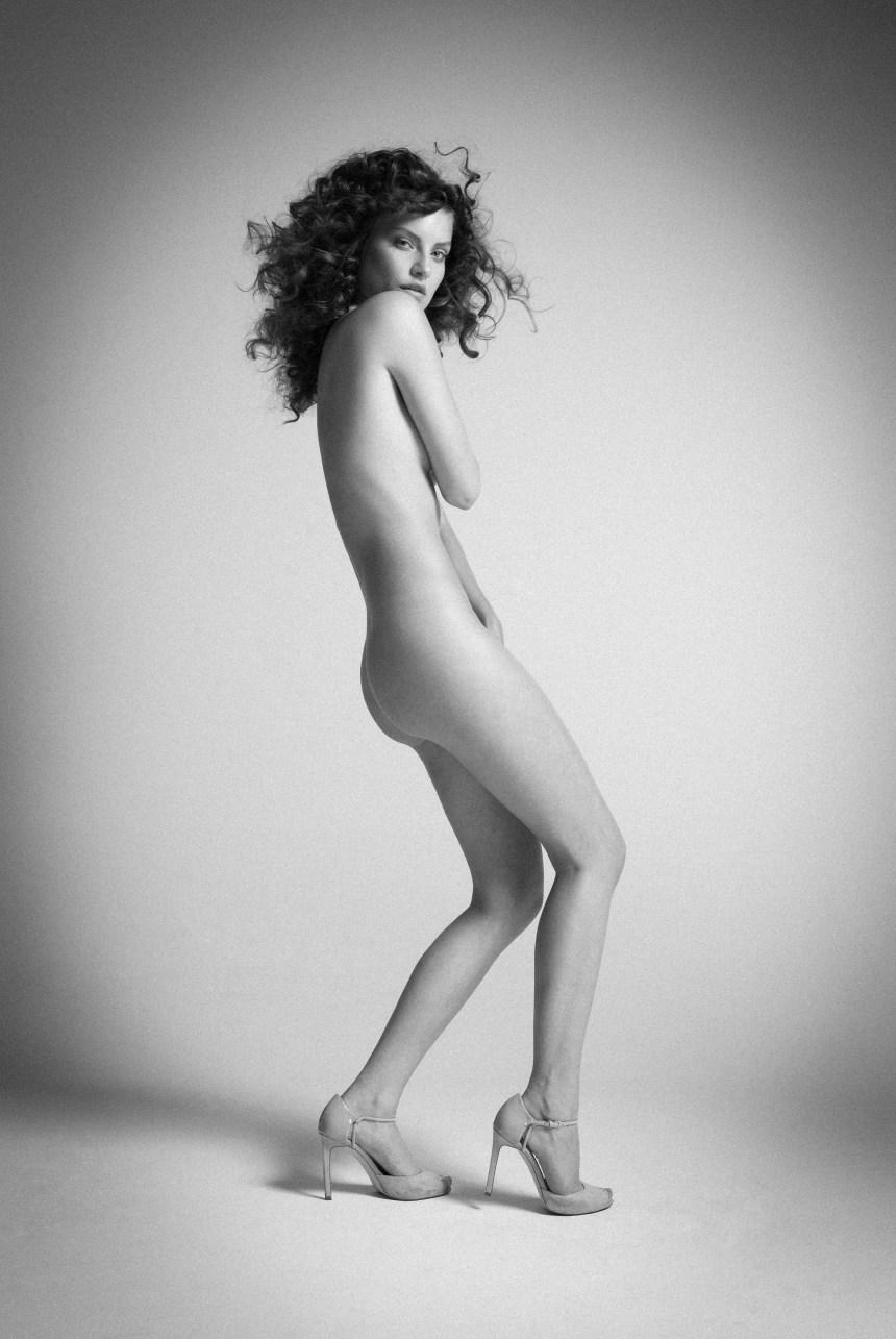 Elfes Magazine   The Naked Truth