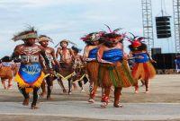 Pakaian Adat Papua Barat Dan Penjelasannya
