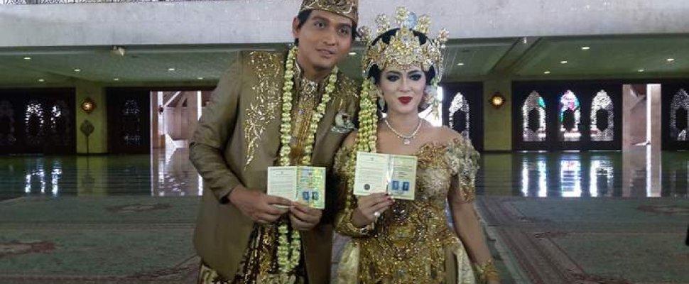 Resmi Nikahi Syahrini KW, Lucky Hakim Akhiri Masa Dudanya