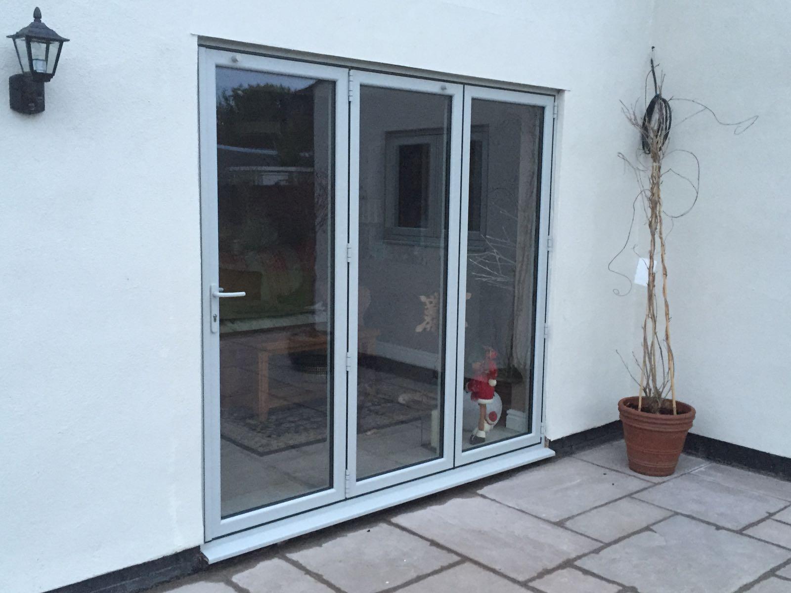 Painswick 3 segment Aluminium Bi Folding door. & Aluminium Bi-fold Doors Preston Chorley Leyland Blackpool Lytham.