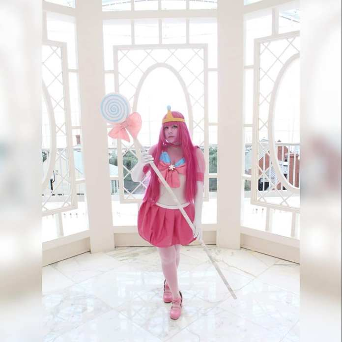 Cosplay da Princesa Jujuba em estilo Sailor Moon - Adventure Time - Foto