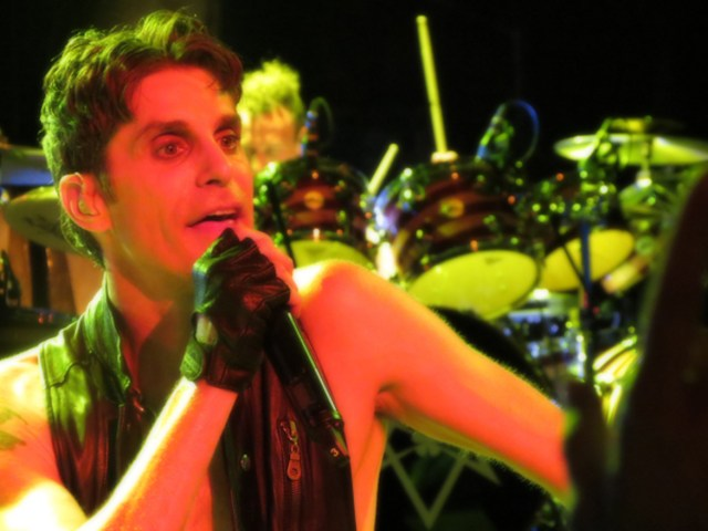 Jane's Addiction Uproar on Selective Memory