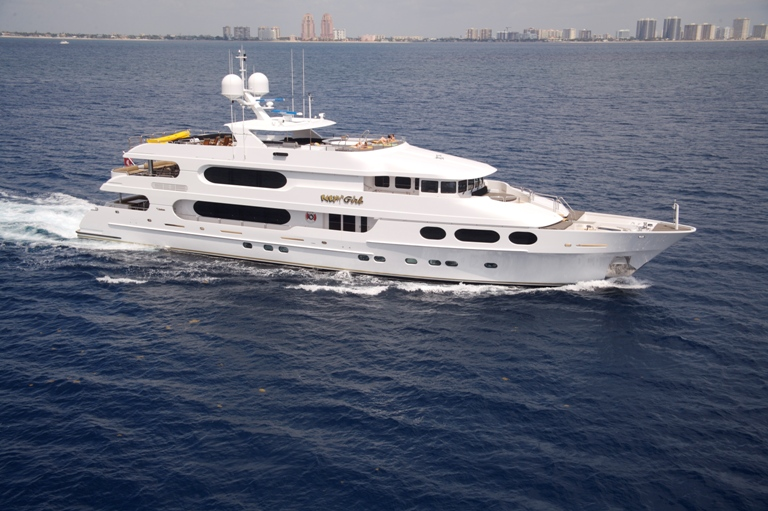 Party Girl Luxury Charter Yacht Christensen 146
