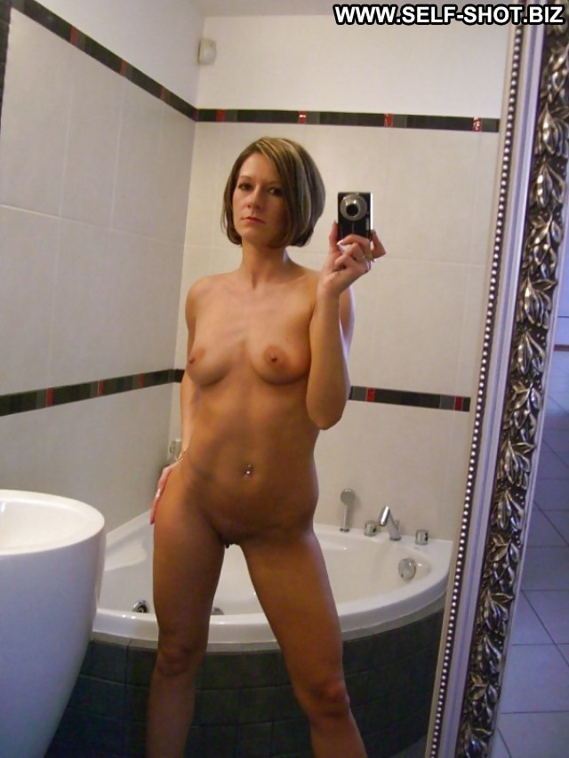 Marylou Private Pictures Milf Brunette Skinny Amateur Self Shot