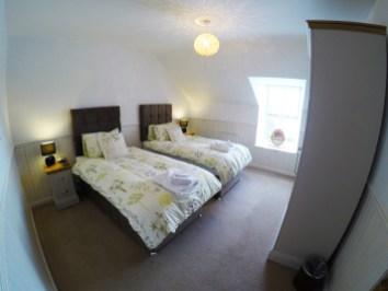 bedroom top right 1200
