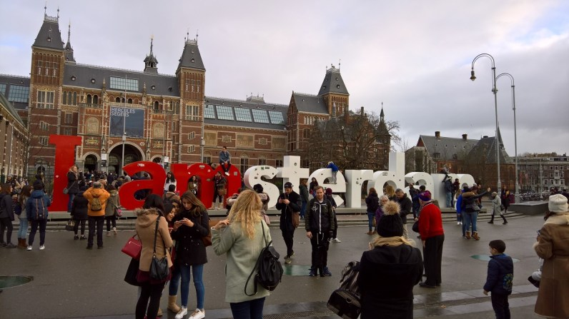 I Amsterdam sign, Rijksmuseum on the background