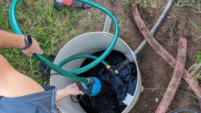 Umístění ponorného čerpadla do retenční nádrže