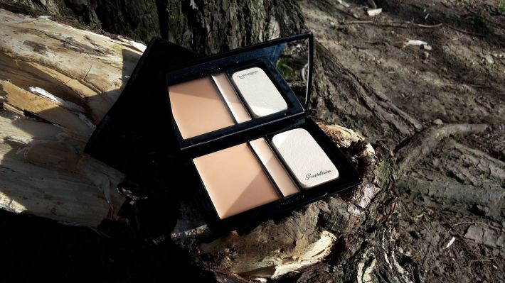 Môj must have mejkap Guerlain Lingerie De Peau Foundation & Concealer make-up